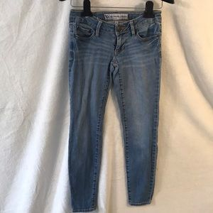 Extreme Skinny by Bullhead Jeans